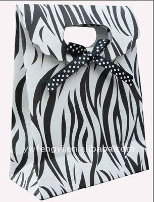 Classic Stripe Candy Paper Shopping Bags,Packing & Gift Bags