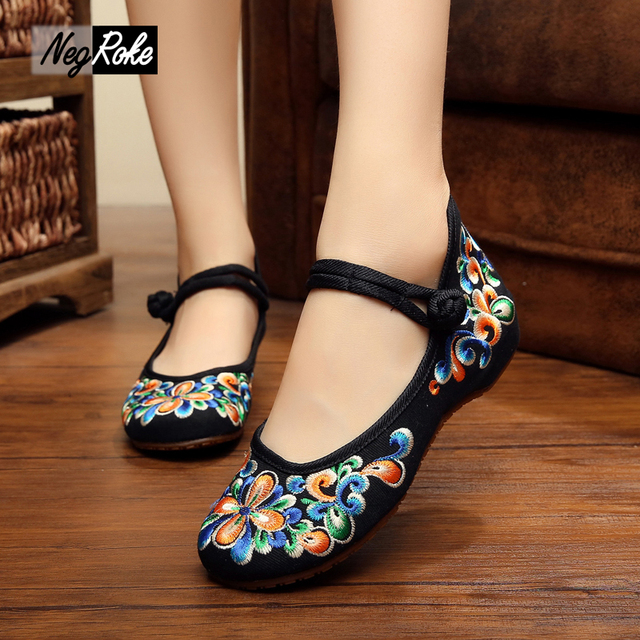 Hot sale summer Gorgeous colorful embroidery shoes women casual shoes chinese ballet flats shoes for ladies zapatos de mujer
