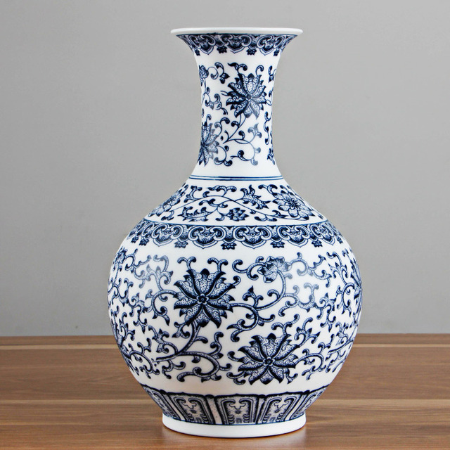Chinese Style Jingdezhen Eggshell Blue And White Vase Ceramic Red