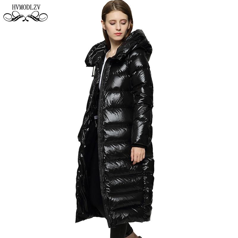 Зимняя длинная пуховая куртка женская 2019 Новая черная глянцевая свободная теплая белая утка перо легкая и тонкая модная базовая куртка жен