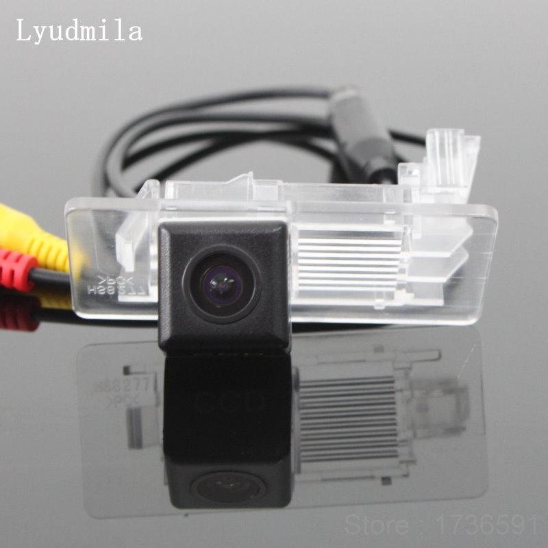 Lyudmila FOR Skoda Octavia 3 III A7 (Typ 5E) MK3 2013~2017 Reverse Back up Parking Camera / Rear View Camera HD CCD Night Vision 2x 6000k white led under side mirror light puddle lamp for skoda octavia mk3 5e 2012 2017 superb 2 octavia 3