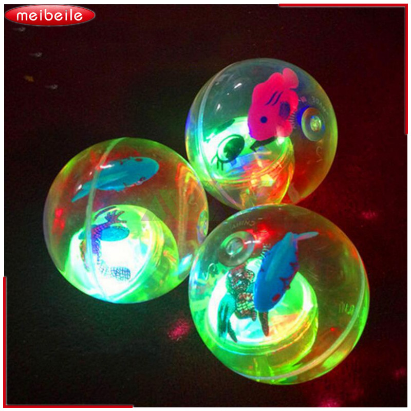Stor størrelse Cartoon Dejlig Bright Flash RGB Flot farverig hoppende bold til børn Funny uden toppe