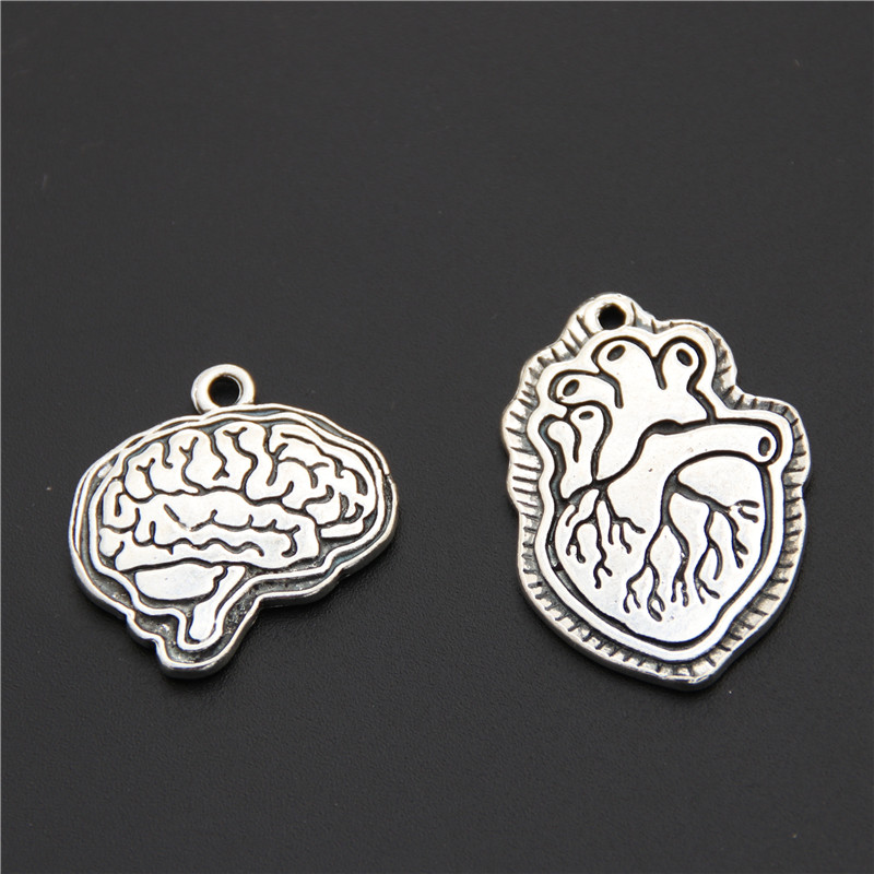 5pcs Silver Color Biology Brain and Heart Charms Medicine Organs Pendant Necklaces Anatomical Jewelry Supplies image