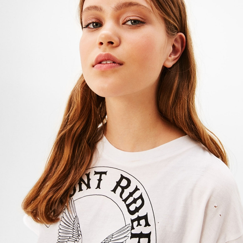 HDY Haoduoyi Brand Women White Letters Printed T Shirts O Neck Short Sleeve Female Patchwork Mesh Tees Casual Tops Lady in T Shirts from Women 39 s Clothing