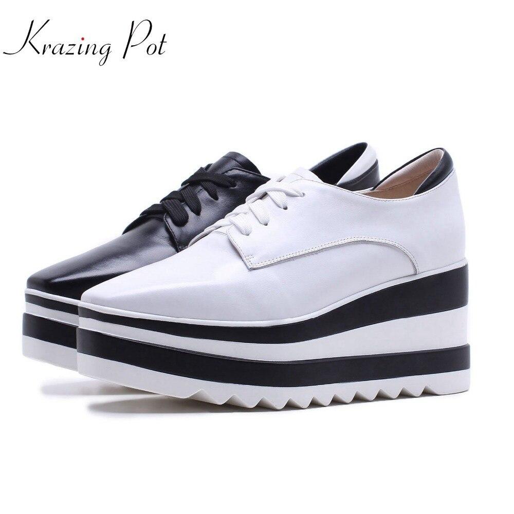 Ayakk.'ten Kadın Pompaları'de Krazing Pot yeni inek deri rahat ayakkabılar kare ayak kadın pompalar kama süperstar yüksek topuklu karışık renk lace up Oxford ayakkabı l6f1'da  Grup 1