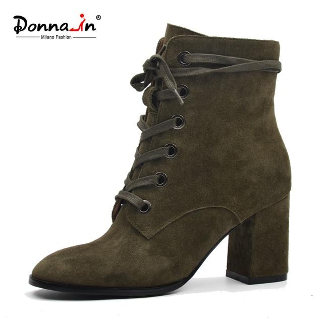 ドナ女性ブーツ天然スエード革の厚さのヒールレースアップマーチンブーツ本革の靴の正方形トゥアンクルブーツ