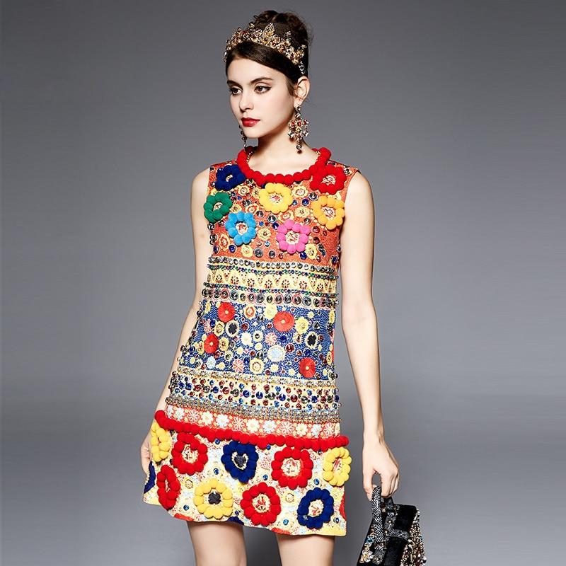 คุณภาพสูง 2017 แฟชั่นรันเวย์ Designer ชุดสตรีแขนกุด Fuzzy Ball เพชรประดับด้วยลูกปัด Baroque พิมพ์นูนชุด-ใน ชุดเดรส จาก เสื้อผ้าสตรี บน   2