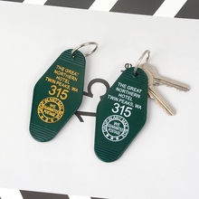 New Hot ! Twin Peaks Souvenir keychain Keytag Key chain Keyring The Great Northern Hotel Jewelry Gifts