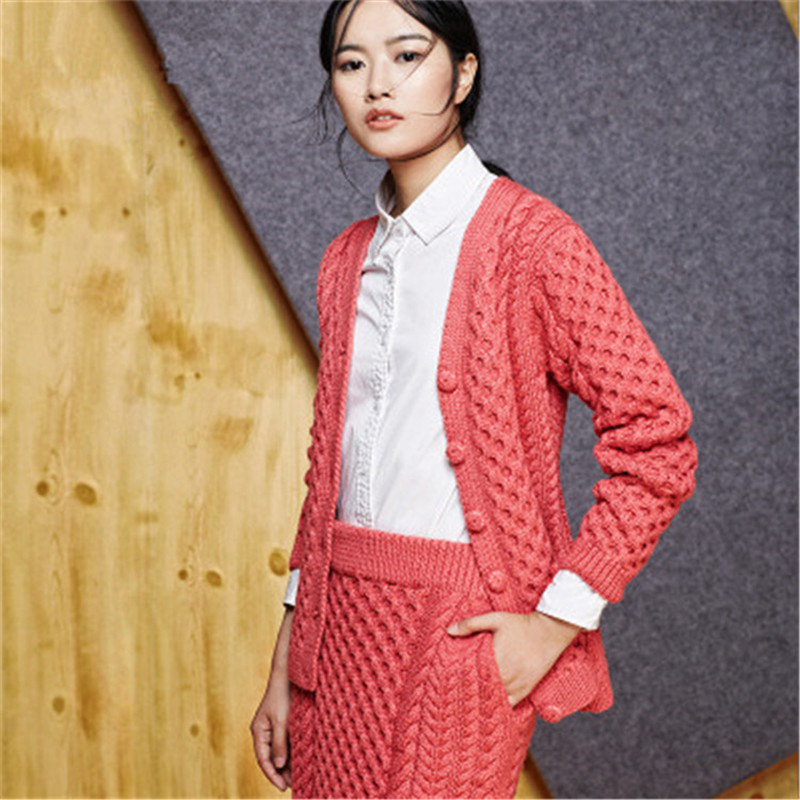 100% Hand Made Pure Wool Vneck Twisted Knit Women Solid Single Breasted H-straight Short Cardigan Suit One&over Size