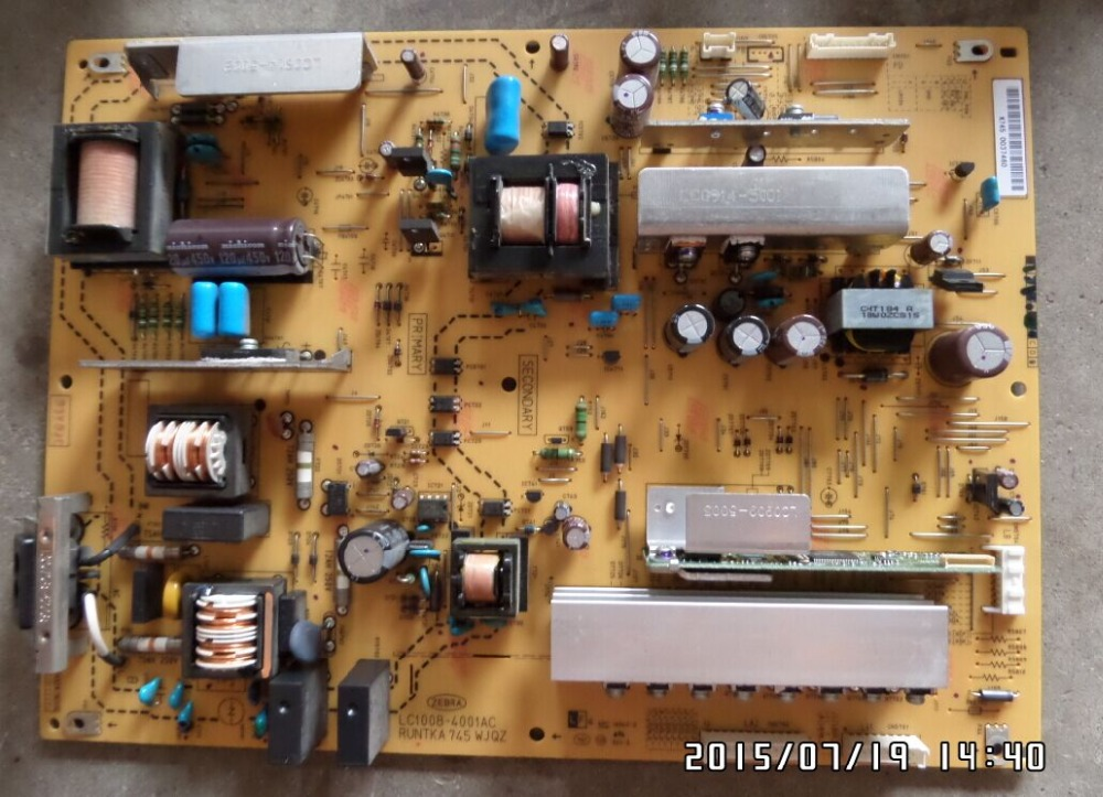 LCD-46LX620A Power Supply LC1008-4001AC RUNTKA745WJQZ is used lc 37hc40 lc 37hc56 cpt 370wf02c used disassemble