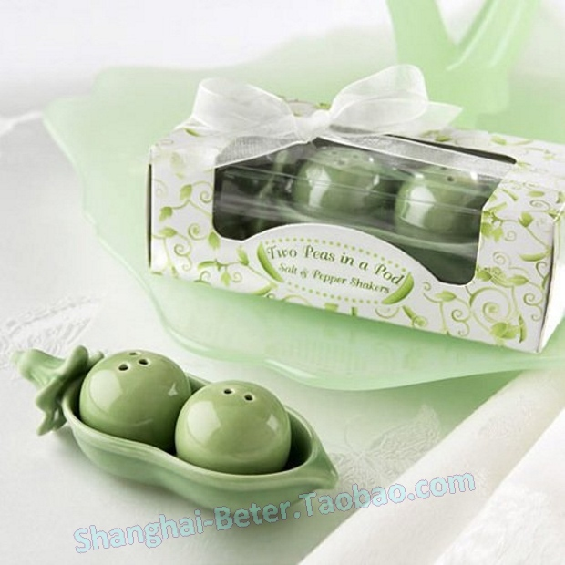 60pcs=30box(2pcs/box) Free Shipping Two Peas in a Pod Salt and Pepper Shakers TC002