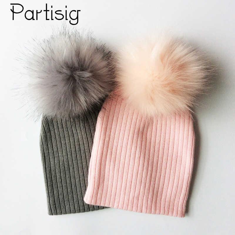 หมวกเด็กหมวกขนสัตว์ Faux สำหรับสาวและโครเชต์ Pompom Bobble เด็กหมวกถักฤดูหนาวหมวกเด็กหมวก