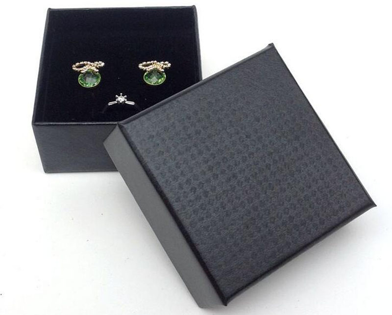 7.3*7.3*3.5cm Necklace Earrings Ring Jewelry Box 50pcs/lot Black Gift Boxes Jewelery Accessories Packaging (OEM LOGO:MOQ500PCS)