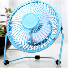 Good quality Fashion Small fan with USB plug Aluminum blade and silent home office cooling fan small home appliances for travel