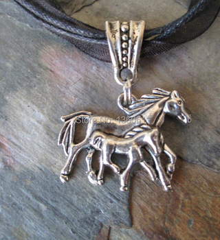 Vintage Silver Mother Horse& Baby Foal Necklace Charm Ribbon Choker Statement Necklace Pendants Fashion Jewelry For Woman image