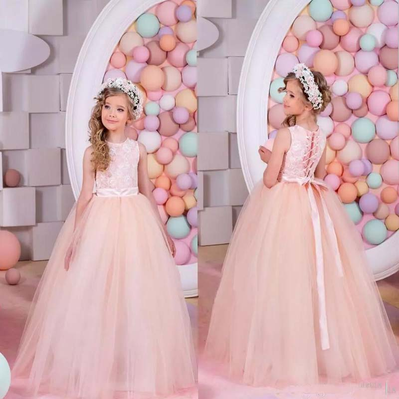 цены 2017 Tulle Ball Gown Sleeveless Pink Lace Up Gorgeous Scoop Train Little Wedding Flower Girl Dress Lace Mother Daughter Dresses