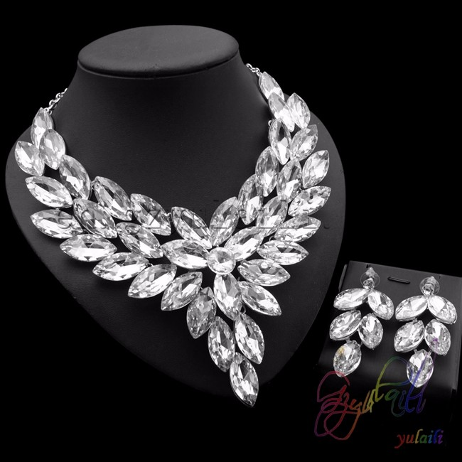 Free shipping White Crystal Necklace Earring Wedding Party Jewelry Set Costume African Jewelry SetsFree shipping White Crystal Necklace Earring Wedding Party Jewelry Set Costume African Jewelry Sets