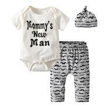 75a55c629 3 piezas lindo bebé recién nacido niños ropa Mommy's nuevo hombre letra  Bodysuit + bigote pantalones + trajes de sombrero Infan .