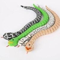 2017 Nowość Pilot Grzechotnika Zwierząt Przerażający Mischief Sztuczka Zabawka Praktyczne Żarty Gagów Węża