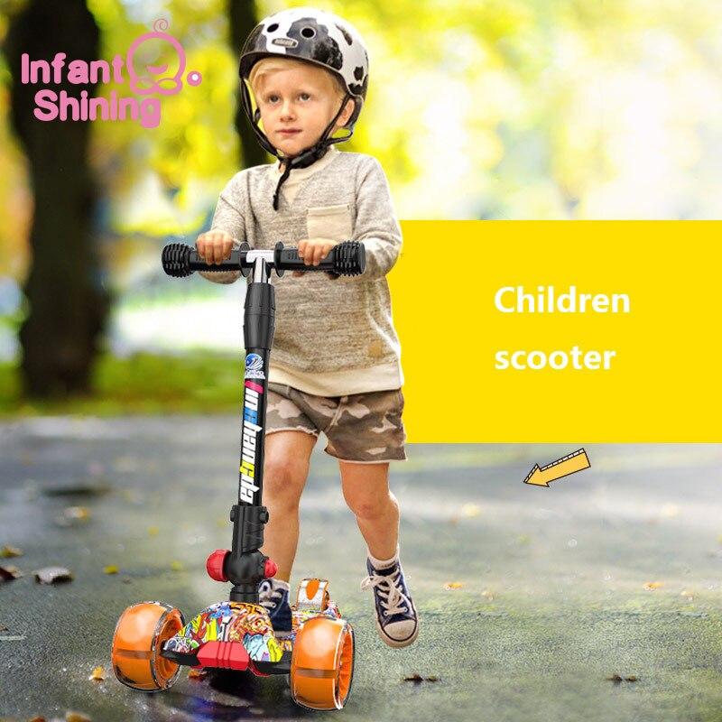 Scooter enfant brillant enfants 4 roues coup de pied Scooter enfants pieds Scooters réglable en hauteur enfants Scooters pour cadeau bébé