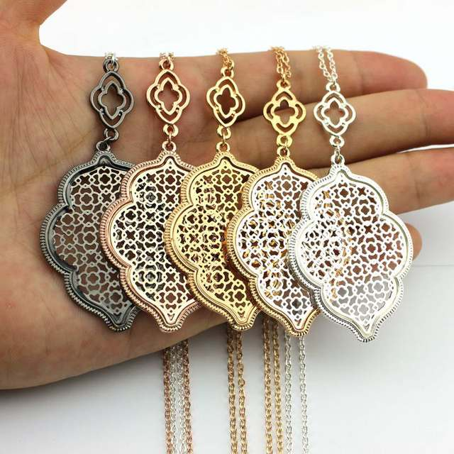Designer Filigree Heart Long Necklace Pendants 2018 Hot Hollow Patterned Clover