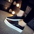 Nueva Plataforma de La Moda de Primavera de Las Mujeres Zapatos de Los Planos Mujer Femenina PU Suelas De Goma Casuales Resbalón-En Blanco fuera Zapatos Superestrella QX-S16