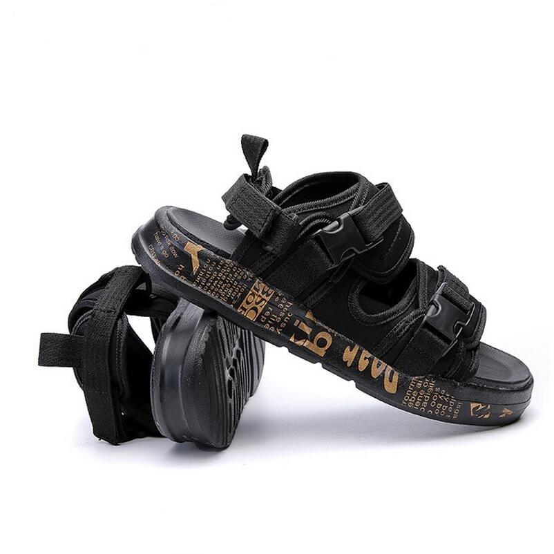 2017 Hot Sale Summer Classic Men Outdoor Casual Flats Sandals Fashion Summer Beach Shoes Cheap Buckle Strap Non-slip Slippers 2