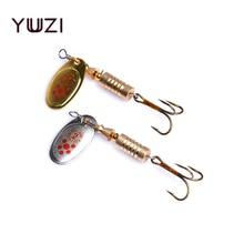 YUZI 2018 1PCS 4.1cm-7.3cm ზომა 2 Spinner კოვზი Bait Fishing Lure მყარი სატყუარა თევზაობის კოვზი Treble Hooks- ით სათევზაოდ