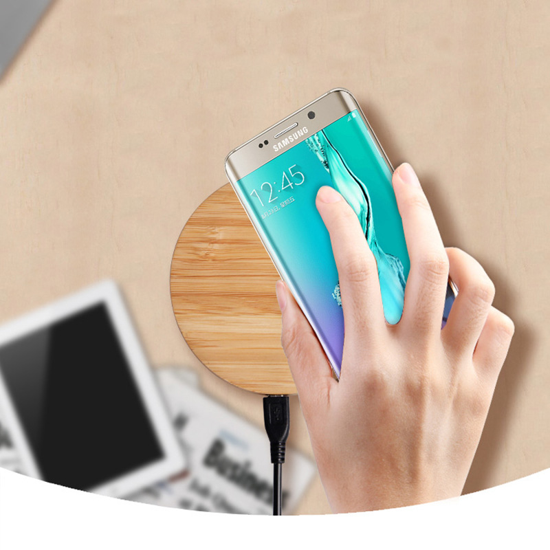 Wooden Qi Standard 5V 2A Wireless Mobile Phone USB Port Magnetic Charger for Samsung Note 8 S8 Plus S8 S7 S6 Edge+ Note 5