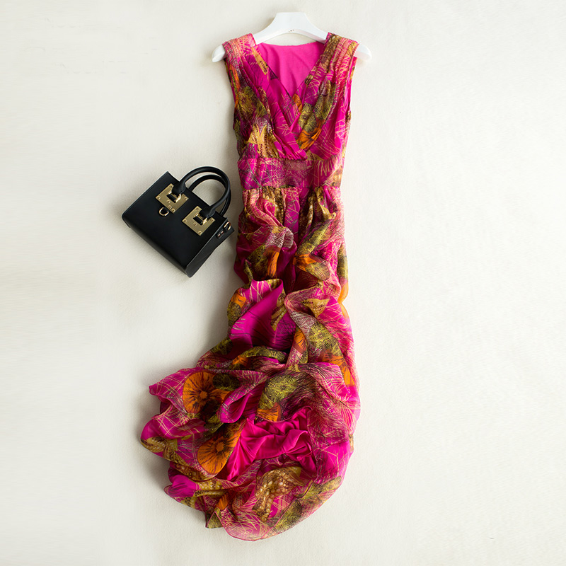 все цены на Summer new arrival princess sleeveless silk one-piece dress bohemia dress full beach dress