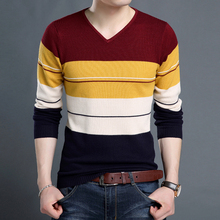 2016 young autumn and winter fashion sweater collar V pullover men pull homme Korean striped sweater knitting kerst trui