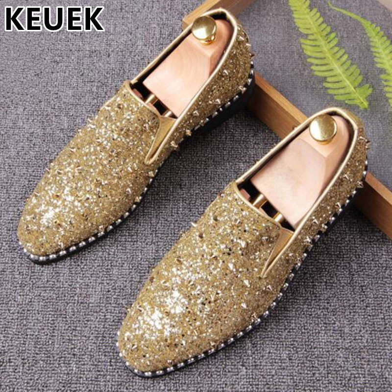 Personality Rivet Casual Leather shoes Fashion Sequin Pointed toe Loafers Men Slip-On Flats Youth popular Casual Party shoes 202 pointed toe tassel leather shoes men slip on brogue shoes flats british style rivet shoes casual loafers chaussure homme 022