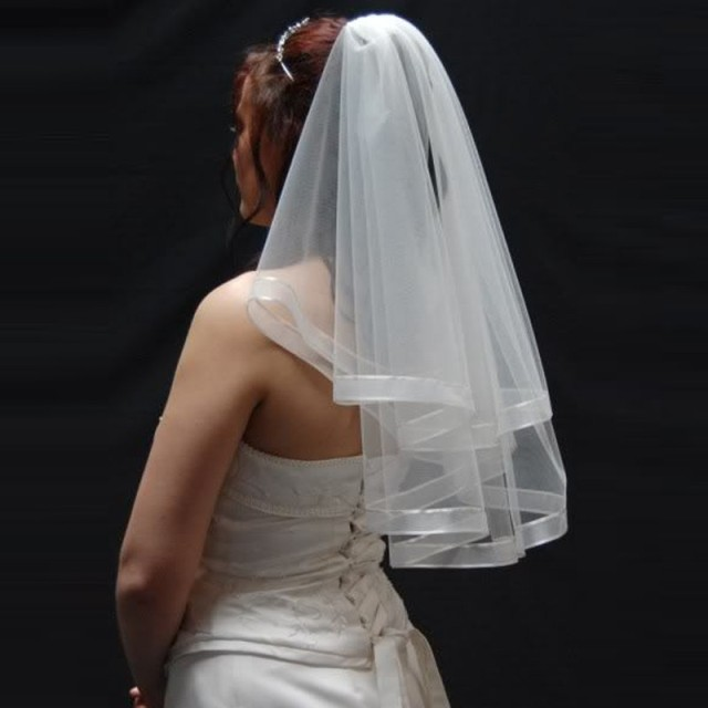 In short white wedding veils 2016 two - layer Vintage Bride Of sails with wedding accessories comb De Veu De Noiva fast delivery