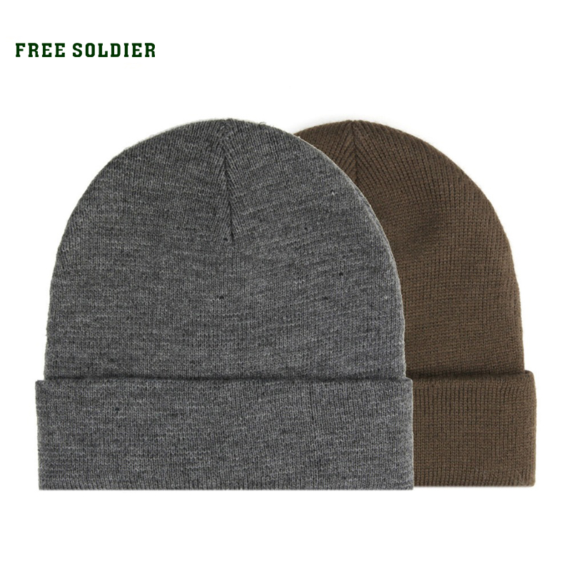 Prix pour FREE SOLDIER camping en plein air randonnée cap, hommes de chapeau d'hiver, chapeau tricoté matériel, taille libre avec couleur gris et brun