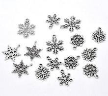 50 Pcs Snowflake Pendants