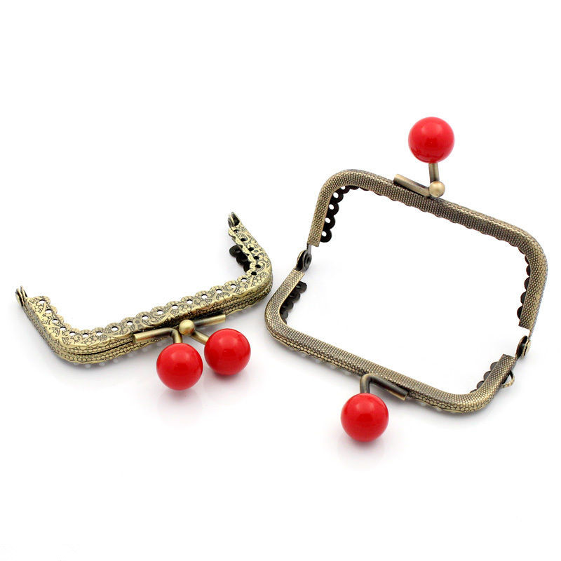 100Pcs Vintage Bronze Tone Rectangle Frame Kiss Clasps Ruffled Lock Clutch Red Ball For Purse Bag Handbag Handle 7.8x6cm серьги