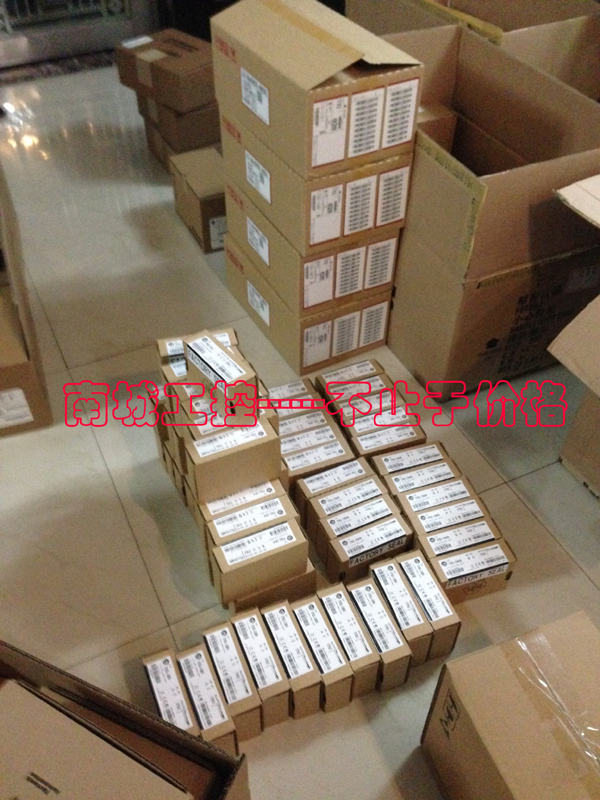 AB PLC 1764-28BXB,NEW AND ORIGINAL,FACTORY SEALED,HAVE IN STOCK fs300r12ke3 new original goods in stock