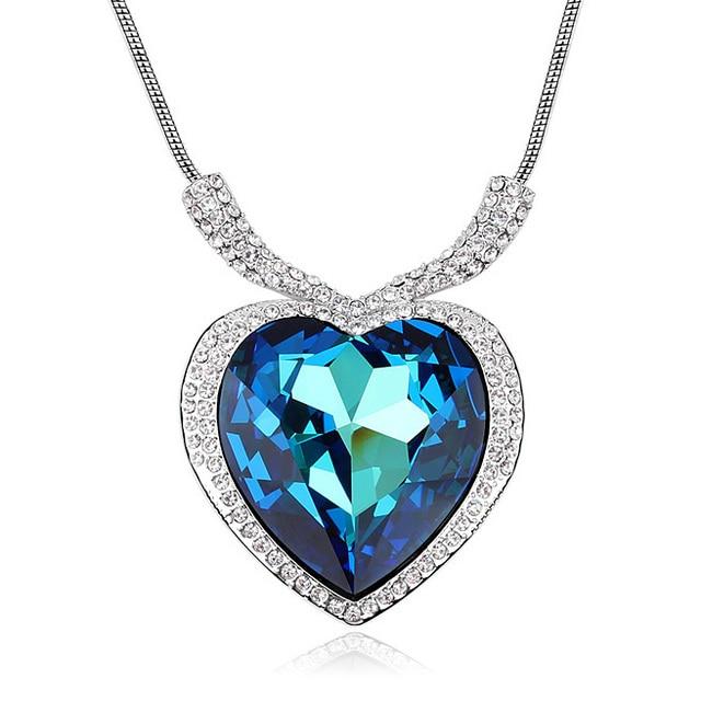 d11db177d73a3 Clássico Do Amor Do Coração Colares   Pingentes Big Cristal De Swarovski  Cadeia de Cor Prata