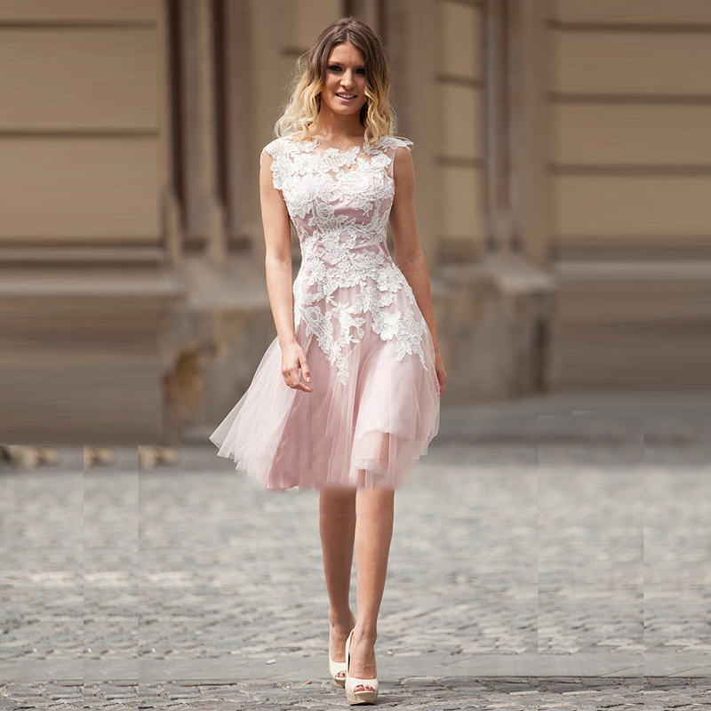 Beautiful A-line Sweetheart White Appliqued Lace Knee-length   Cocktail     Dress