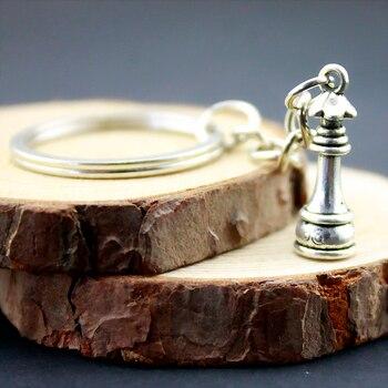 10 Uds. Nuevo llavero de moda 23*8mm colgantes de reina de ajedrez joyería DIY llavero de Metal para coche soporte de anillo de recuerdo para fiesta regalo B11676