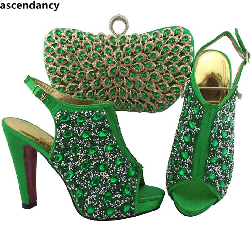 Mariage coral Ensemble Strass Et Talon Sac noir Royal Avec Haute Dans Teal Italien La pourpre Fête Nigérian Green Chaussures Pour Femmes De bleu army qUtnPOp