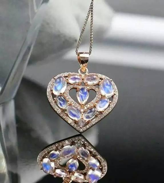 Natural moonstone colgante S925 Collar de plata Colgante de piedras preciosas Naturales de moda Romántica del corazón del melocotón mujeres joyería Del partido del Niño