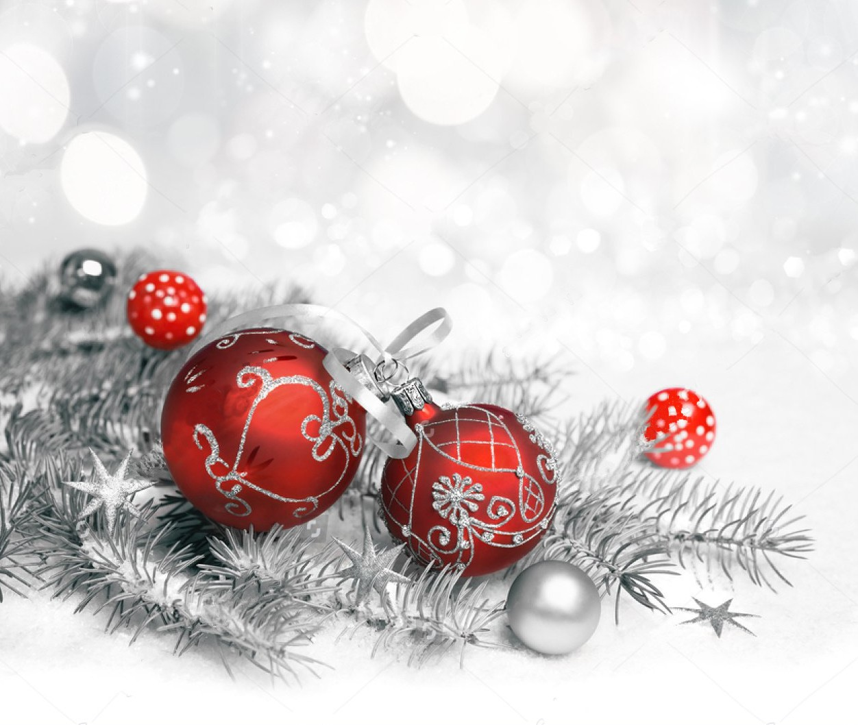 Red Decorations Silver Ornament Neutral Winter Bokeh