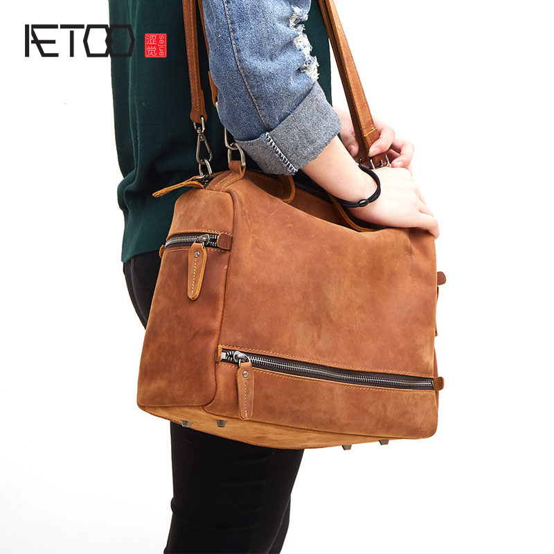 AETOO New leather handbags Korean casual mad horse skin ladies shoulder Messenger bag fashion trendy motorcycle package aetoo the new retro mad horse skin backpack fashion shoulder shoulder leather package tide package