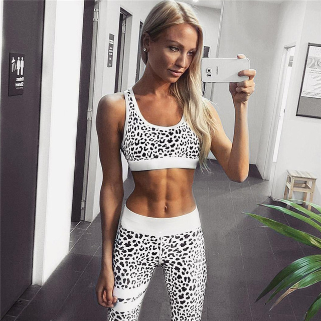 Crop Tank Top And Legging Pants 2 Pieces Set Summer Fashion Ladies Sexy Workout Leopard Printed Tracksuit 3
