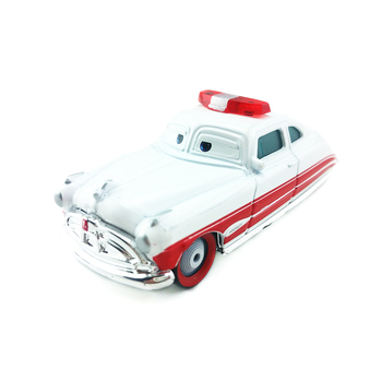 Samochody Disney Pixar Doc Hudson pogotowia Metal Diecast zabawki samochodu 1:55 luźne Brand New w magazynie i darmowa wysyłka