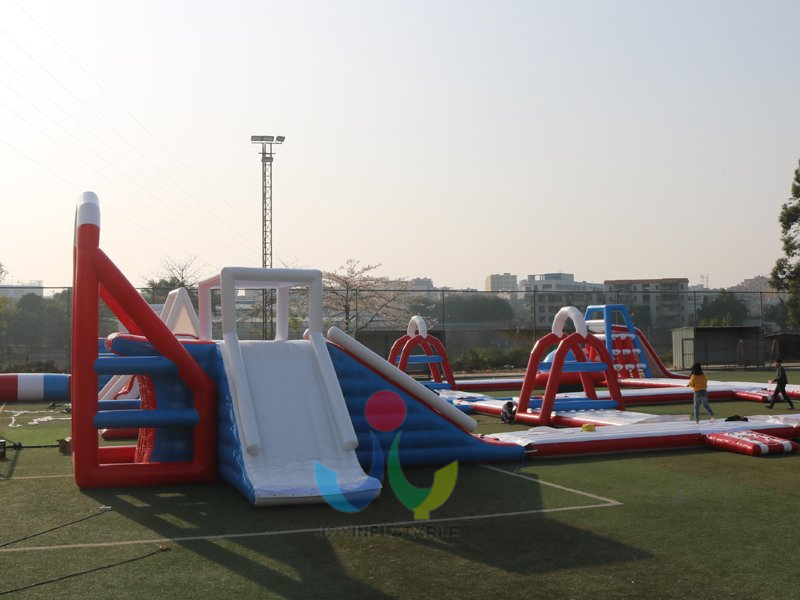 inflatable floating water park8