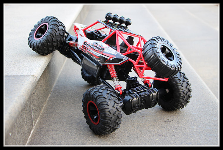 28cm RC Car 1/16 4WD  4x4 Driving Car Double Motors Drive Bigfoot Car Remote Control Car Model Off Road Vehicle Toy