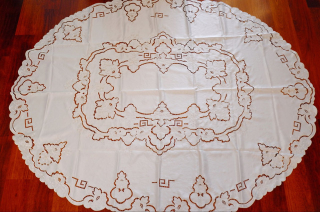 White Handmade Embroidery Cutwork Long Table Cloth, OVAL Tablecloth