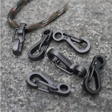 5PCS Mini Spring Claps Quickdraw Bag Backpack Keychain Men EDC Carabiners Camping Equipment Outdoor Paracord Tool Survival Kits